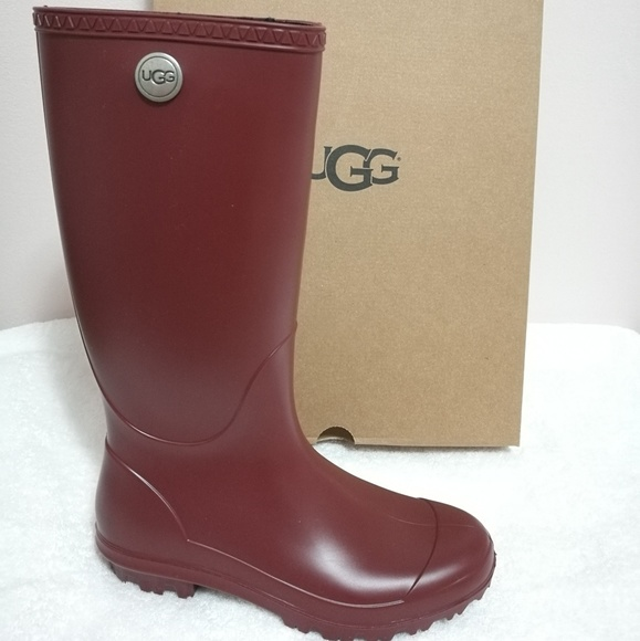 f14e08683d9 UGG W SHELBY MATTE tall rain boots shoes 7 NWT